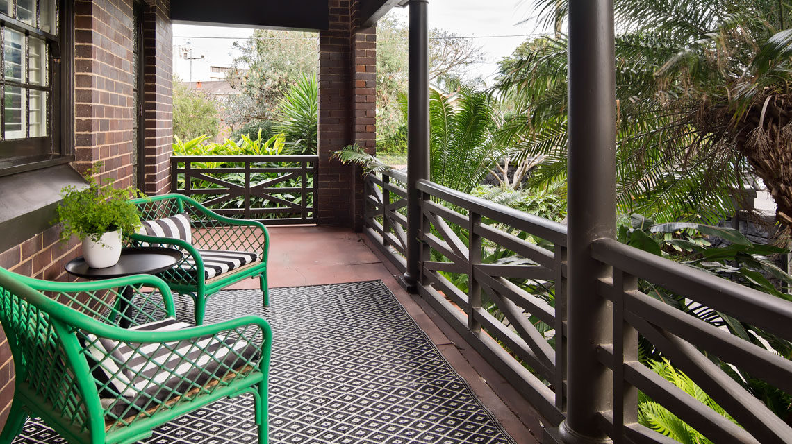 front-patio-bondi-home-kcreative-interior-stylist-karina-crombie