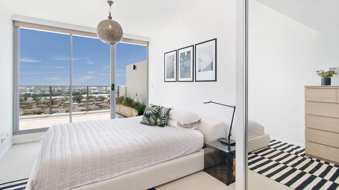 penthouse-master-bedroom-karina-crombie-kcreative-interiors